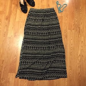 Lightweight tribal print maxi skirt with two slits